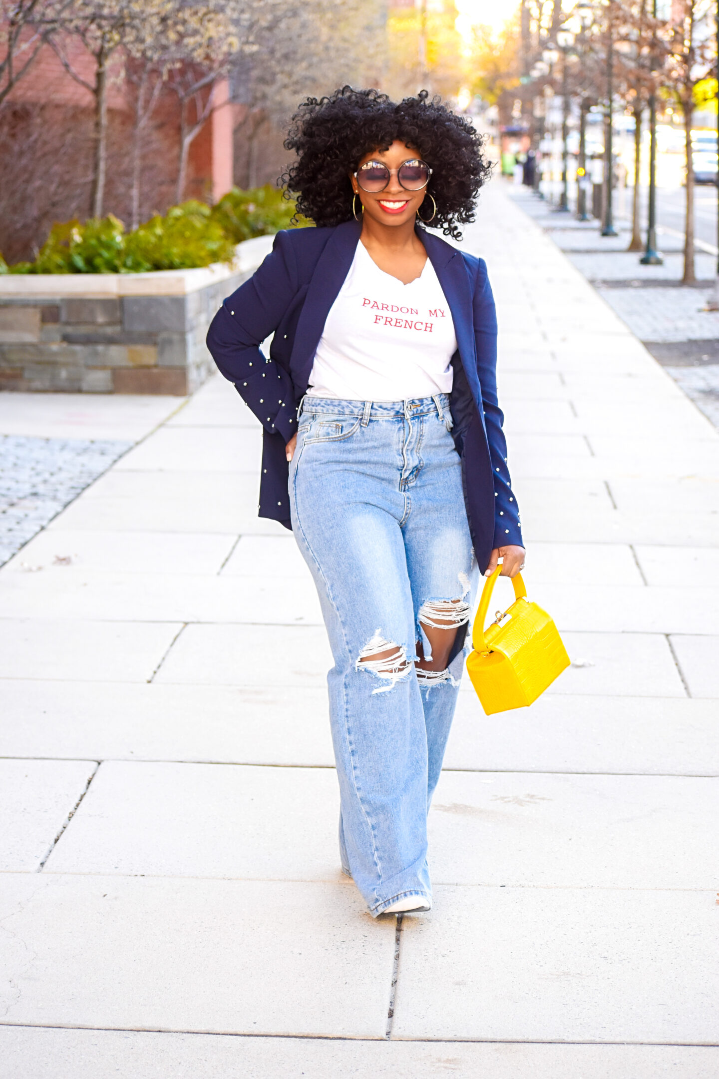 3 Ways to Style Distressed Jeans