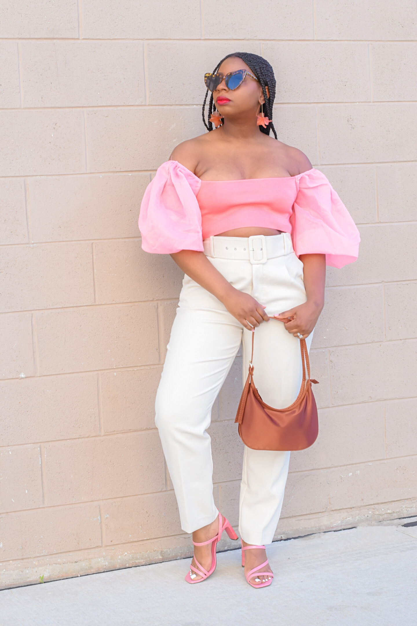 Coral and Cream; A Summer Hot Color Combo